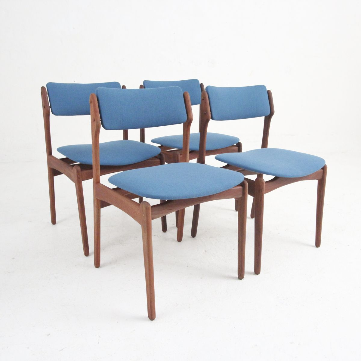 1940s Mission Style House Gets Brilliant Transformation In: Vintage Danish Modern Dining Chairs In Rosewood, Set Of 4