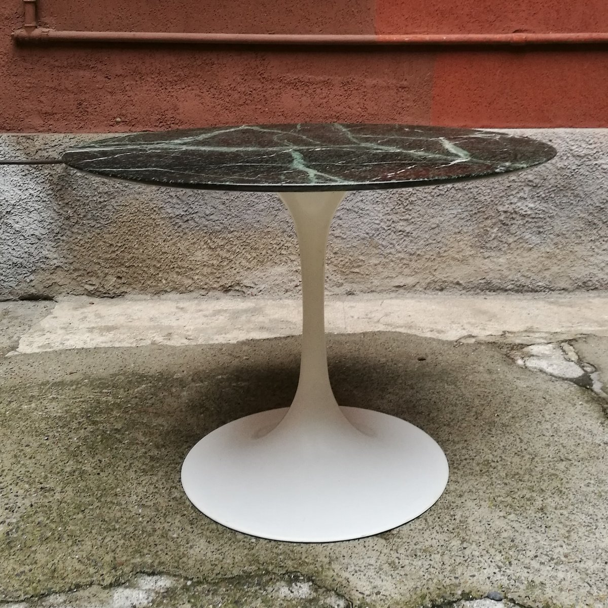 Tisch mit marmorplatte 1960er bei pamono kaufen for Tisch mit marmorplatte gebraucht