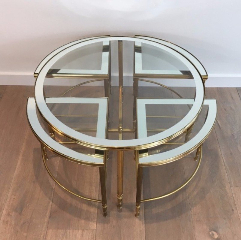 table basse ronde et chaises gigognes 1960s set de 5 en vente sur pamono. Black Bedroom Furniture Sets. Home Design Ideas