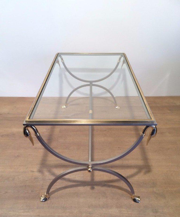 table basse avec t tes de cygnes et pied en acier bross et laiton en vente sur pamono. Black Bedroom Furniture Sets. Home Design Ideas