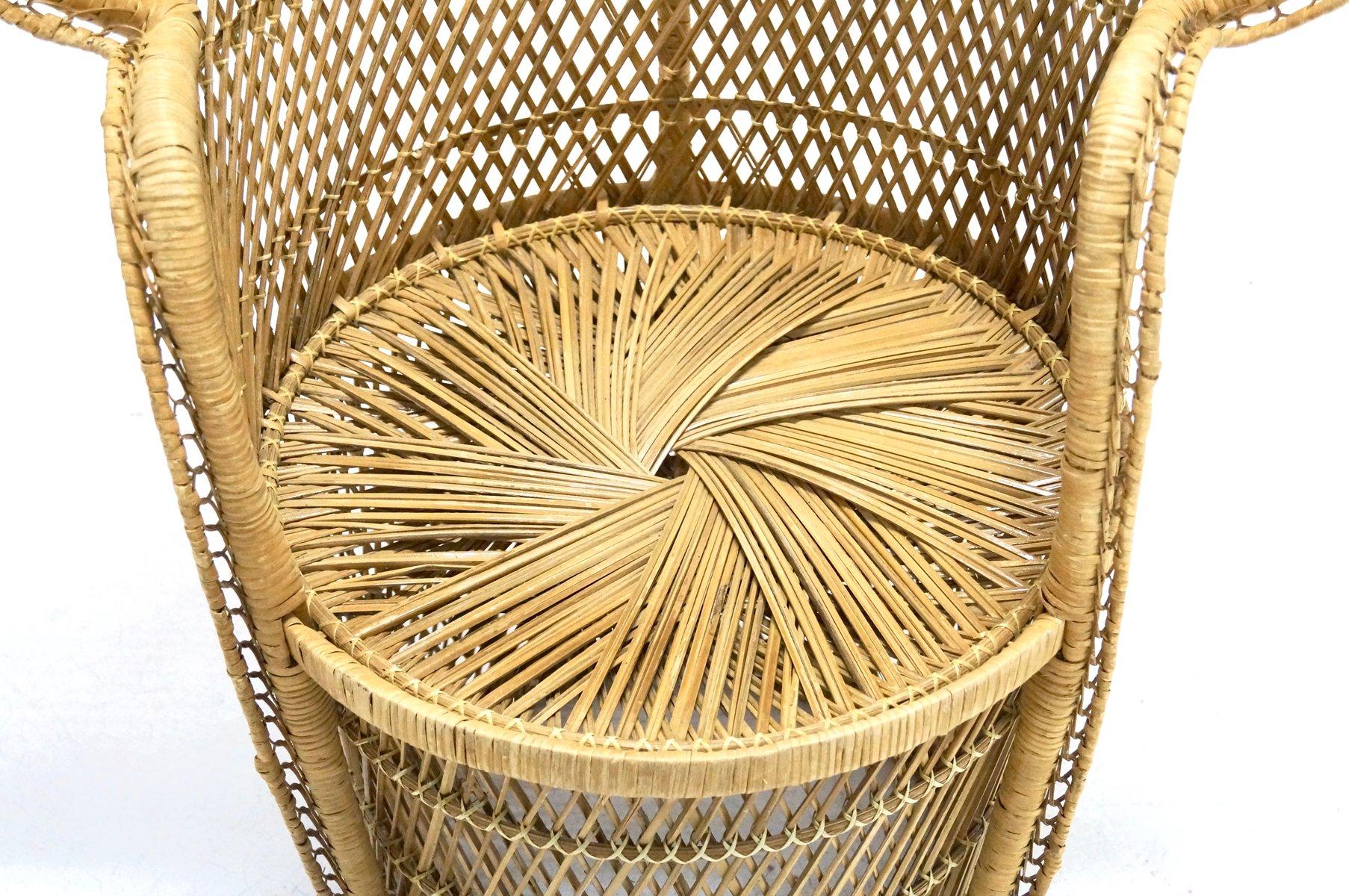 Sedia peacock grande in vimini anni 39 70 in vendita su pamono for Sedia design anni 70