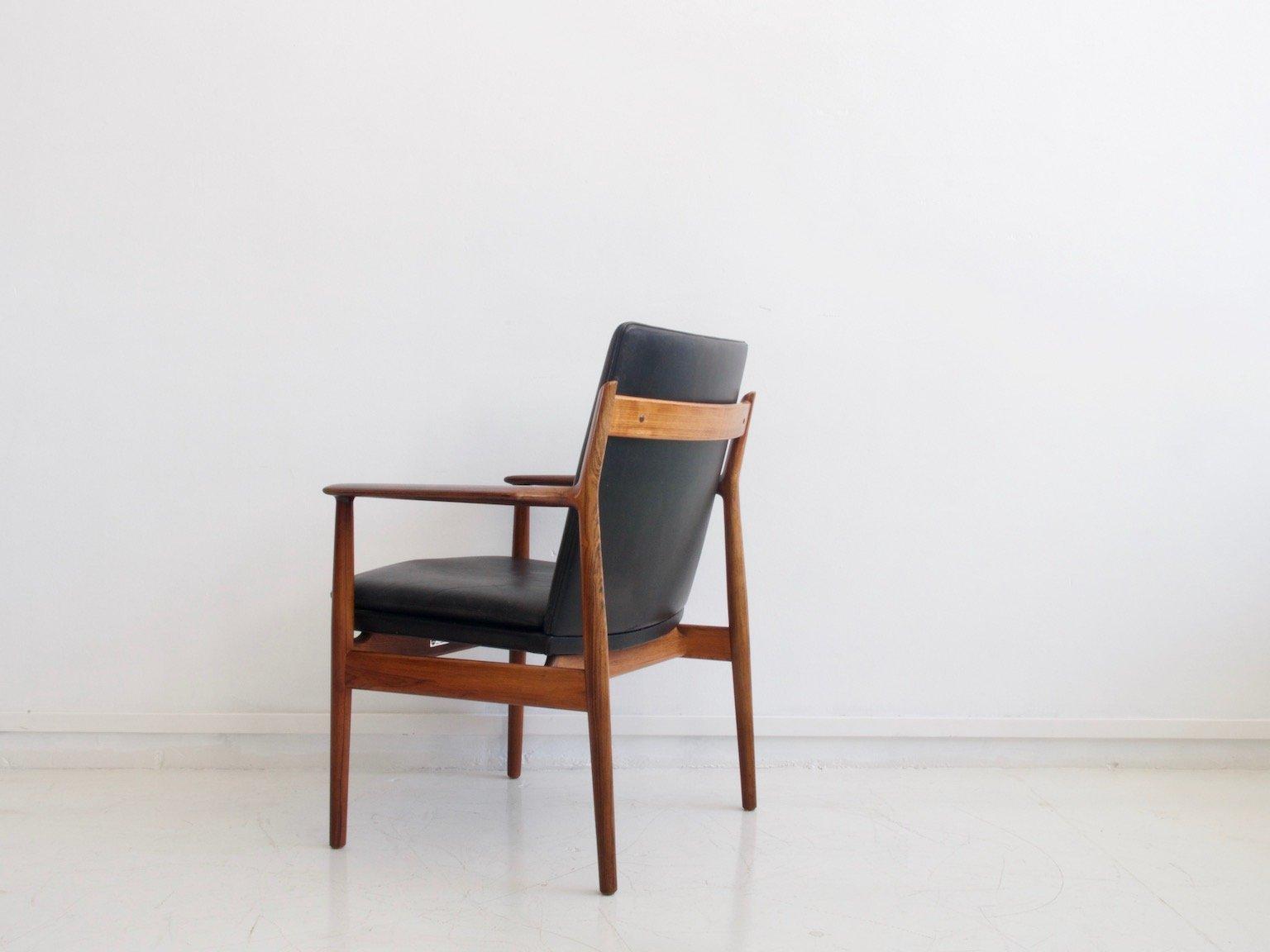 mid century modell 431 armlehnstuhl aus palisander schwarzem leder von arne vodder f r sibast. Black Bedroom Furniture Sets. Home Design Ideas