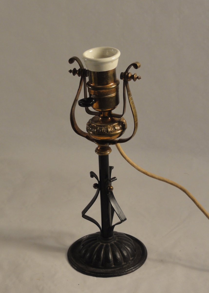 antique brass combination lamp 1890s for sale at pamono. Black Bedroom Furniture Sets. Home Design Ideas