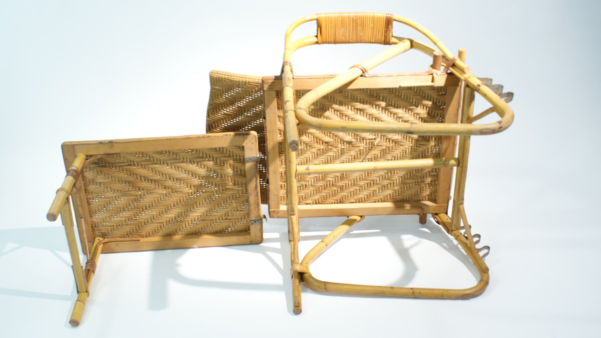 Adjustable Rattan And Bamboo Lounge Chair 1940s For Sale