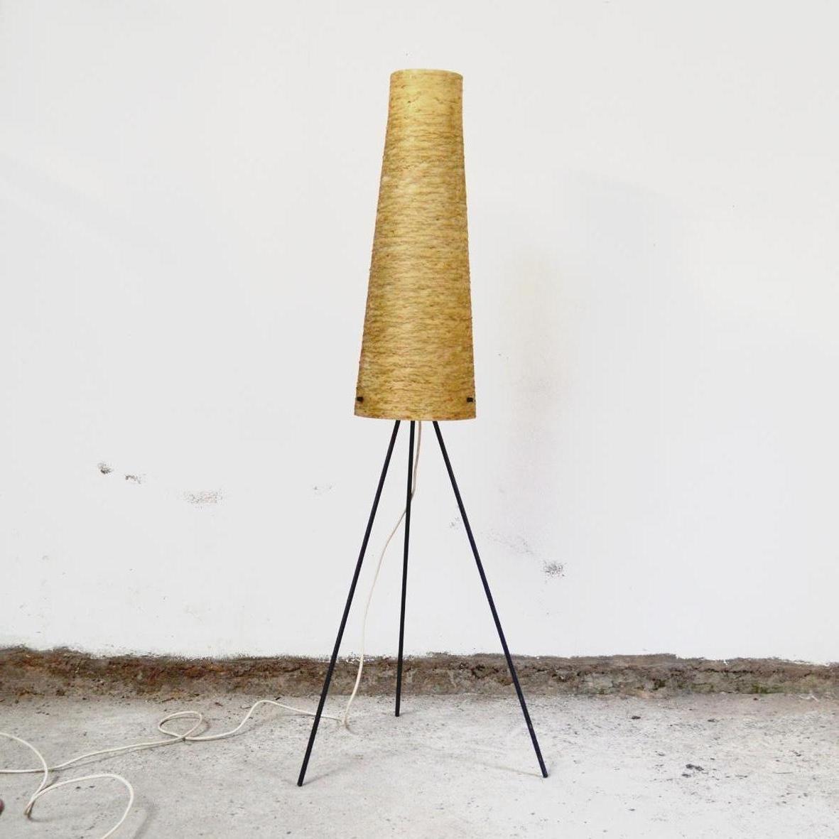 Dreibeinige Stehlampe aus Metall, 1960er