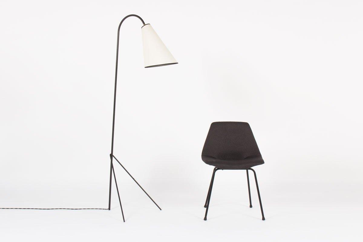 schwarze metall dreibein stehlampe 1950er bei pamono kaufen. Black Bedroom Furniture Sets. Home Design Ideas