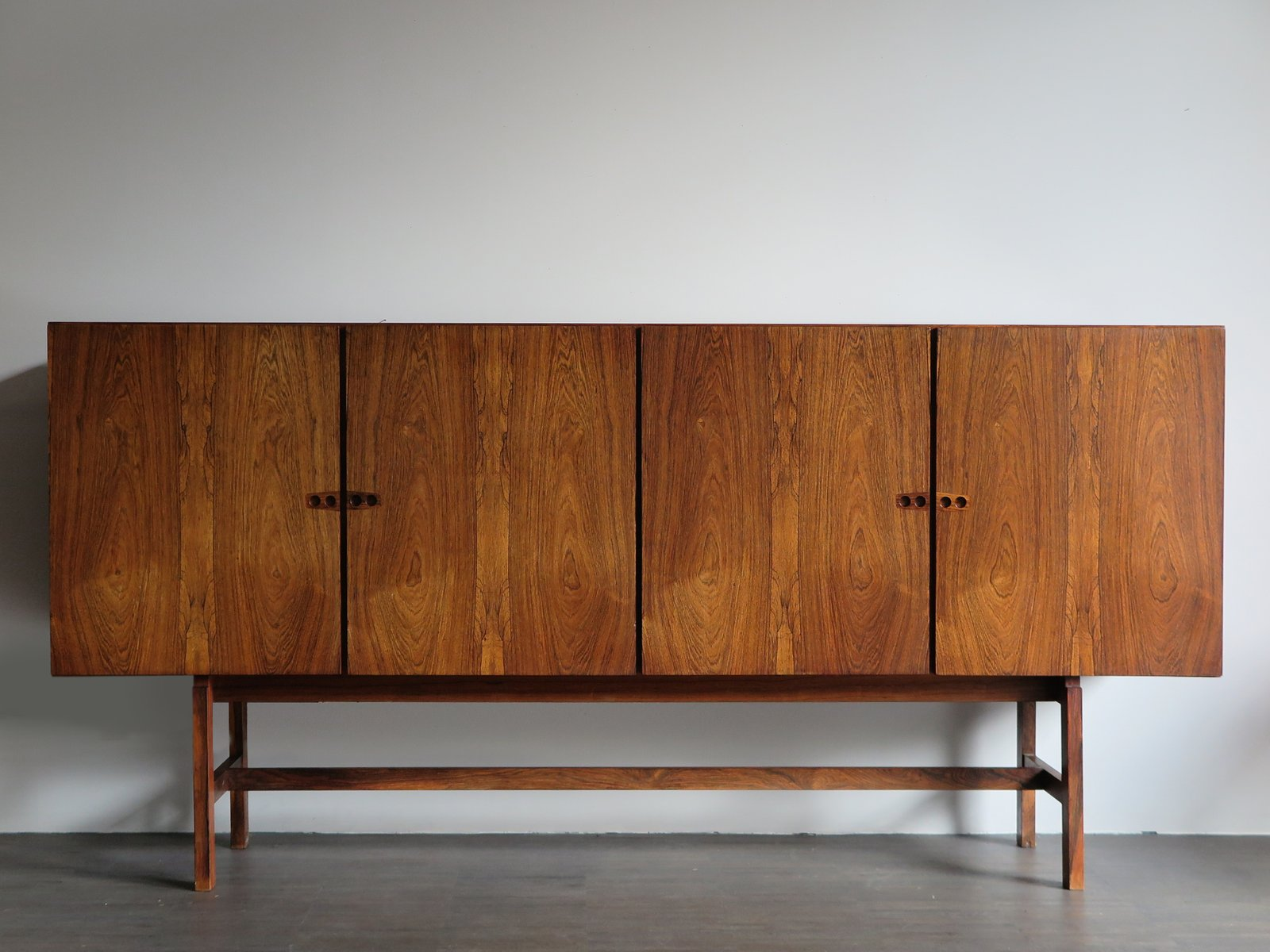 Danish Design Credenza : Vintage danish sideboard by arne vodder for sale at pamono