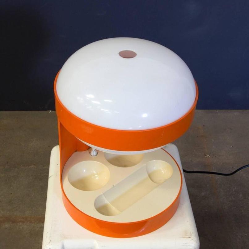 Lampada Da Tavolo Acrilica Joe Colombo : Lampada da tavolo kd arancione di joe colombo per