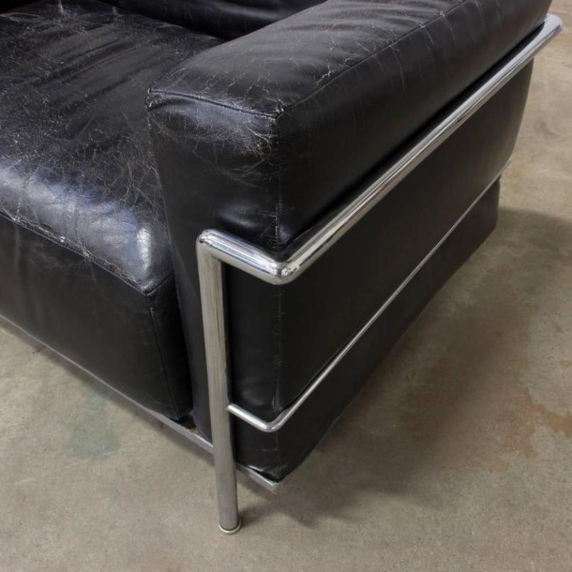 Sedia lc3 in metallo cromato e pelle di le corbusier 1928 in vendita su pamono - Le corbusier sedia ...