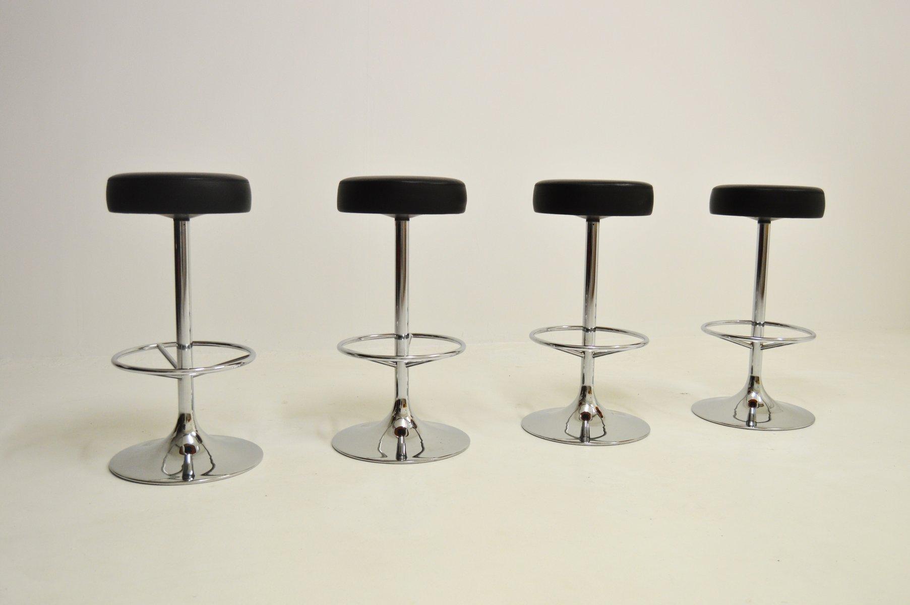 Sgabelli da bar vintage cromati di johansson design set di in