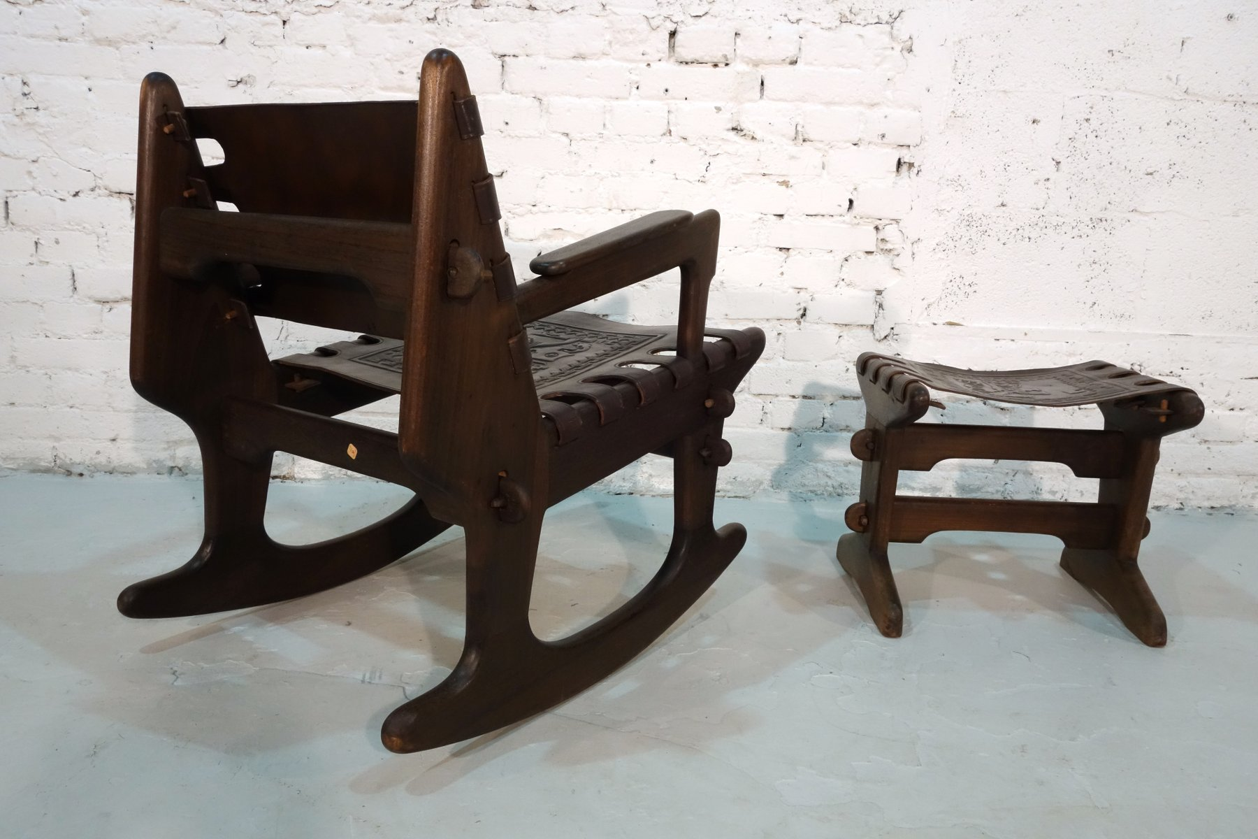 Ordinaire Rocking Chair With Footstool By Angel Pazmino For Meubles De Estilo, 1960s