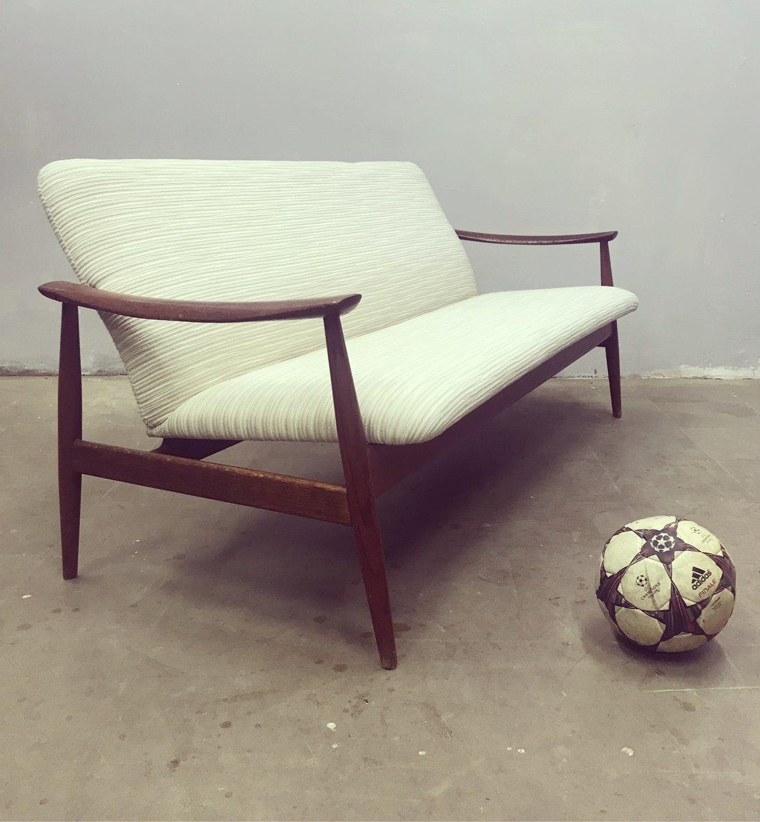 Danish Model 138 Sofa By Finn Juhl For France Søn 1960s