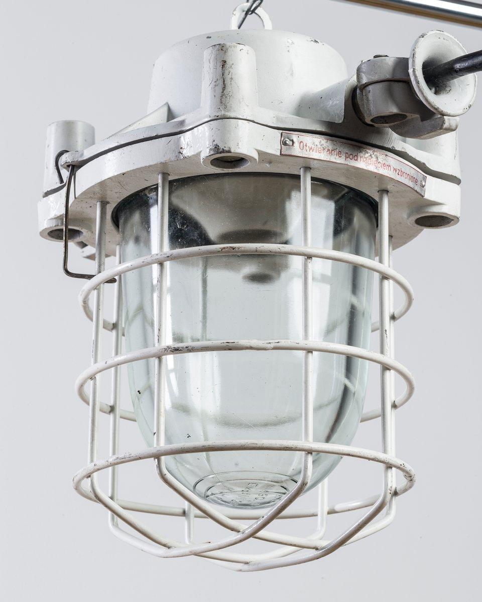 petite lampe vintage industrielle en vente sur pamono. Black Bedroom Furniture Sets. Home Design Ideas