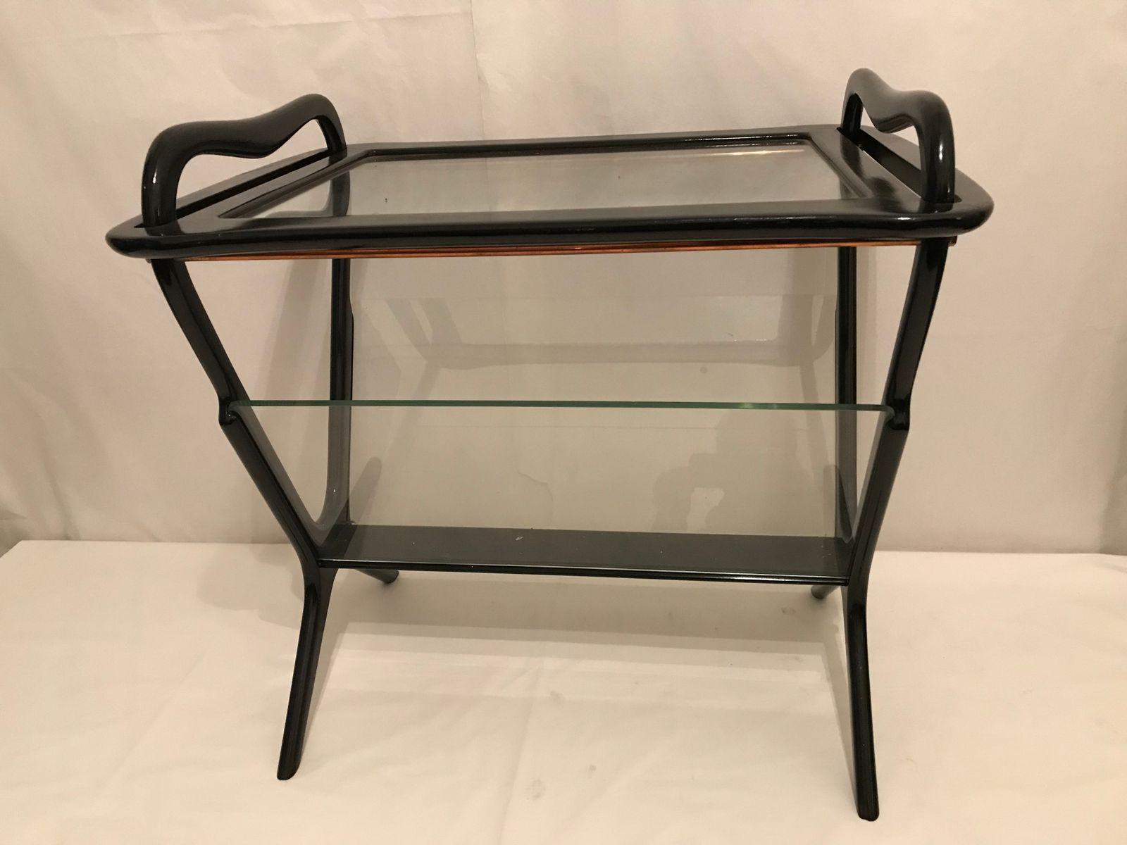vintage beistelltisch mit zeitungsst nder von cesare lacca bei pamono kaufen. Black Bedroom Furniture Sets. Home Design Ideas