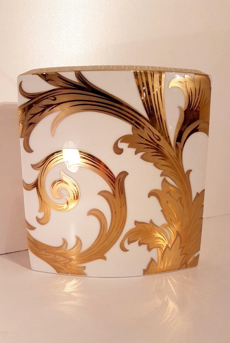 Jarrón Arabesque vintage con fayenza de oro de Versace para ...