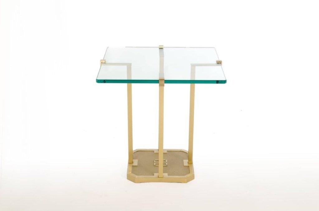t18 beistelltisch aus messing und glas von peter ghyczy 1970er bei pamono kaufen. Black Bedroom Furniture Sets. Home Design Ideas