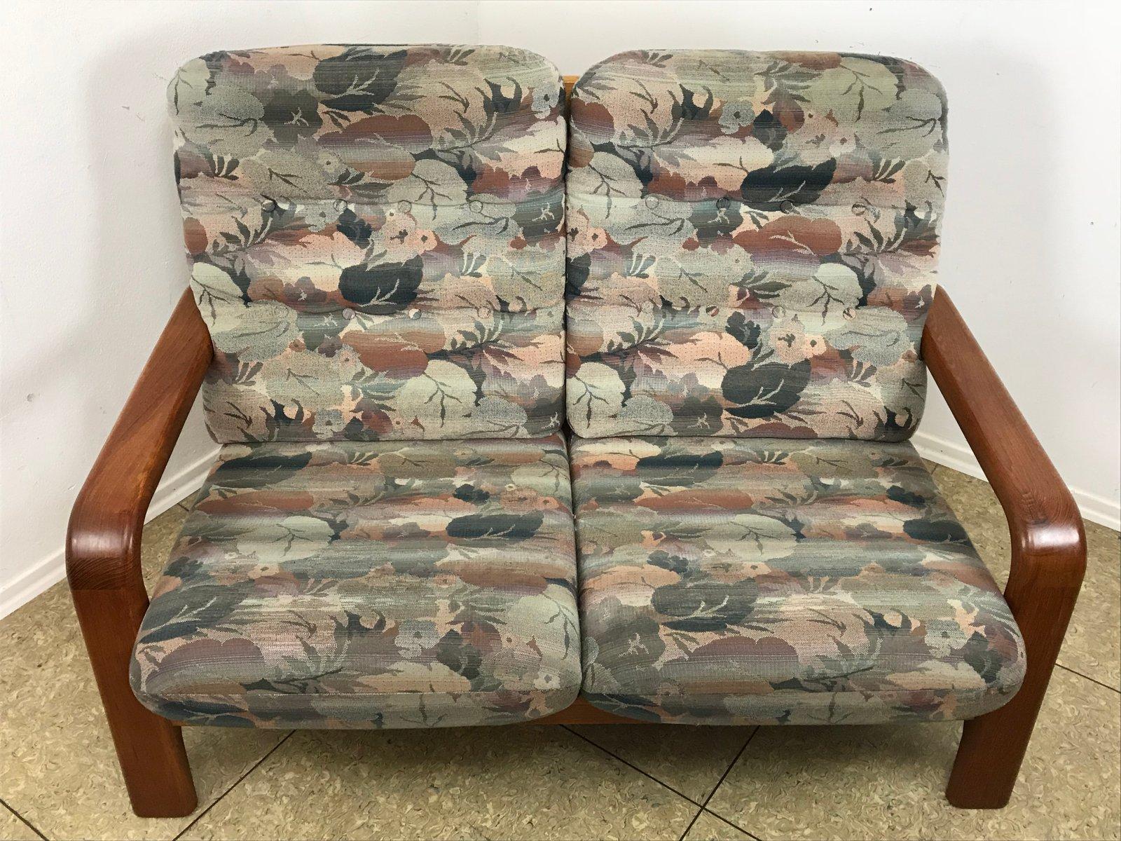d nisches 2 sitzer sofa aus teak 1970er bei pamono kaufen. Black Bedroom Furniture Sets. Home Design Ideas
