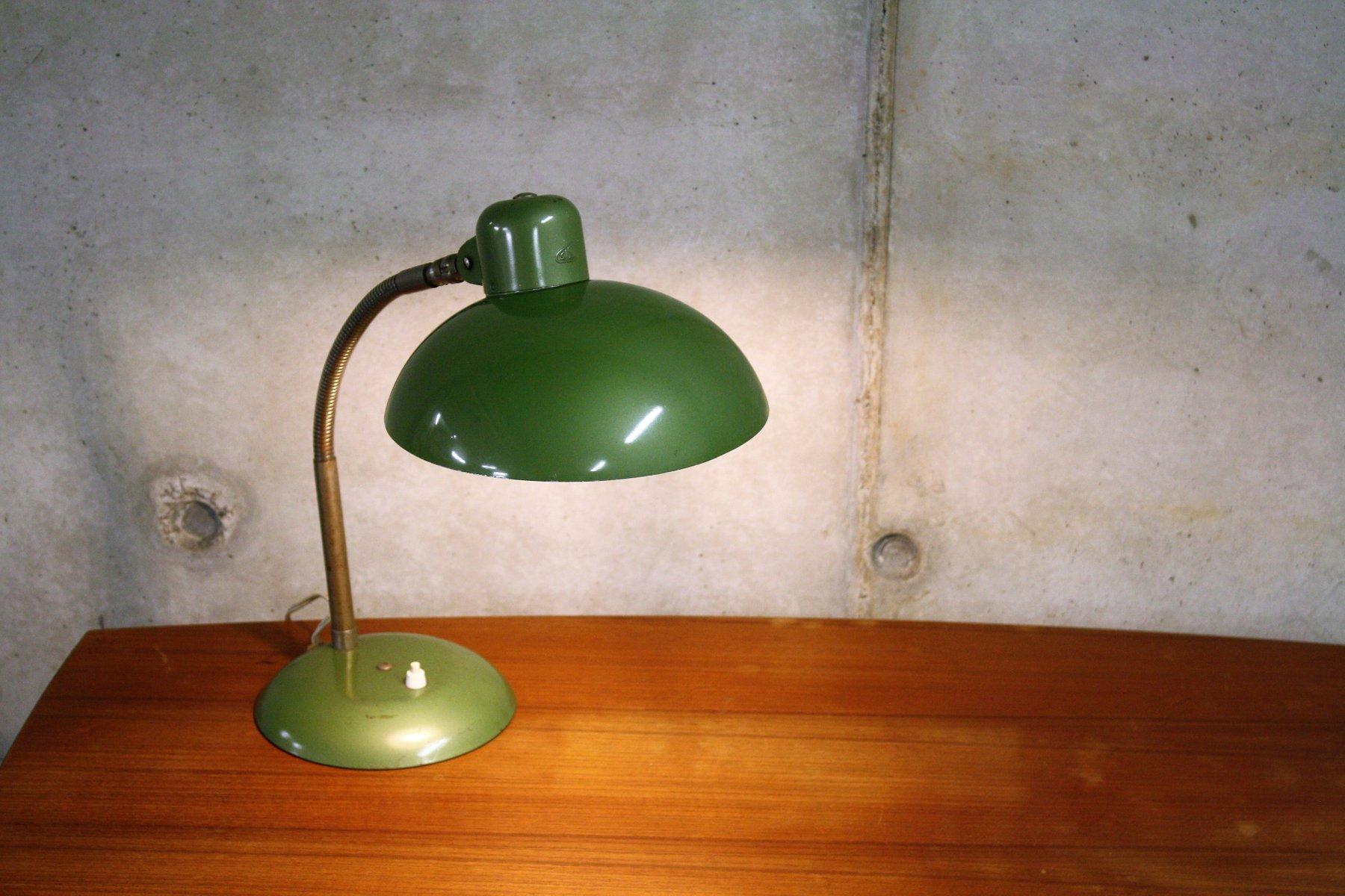 lampe de bureau bauhaus industrielle verte de sis allemagne 1950s en vente sur pamono. Black Bedroom Furniture Sets. Home Design Ideas