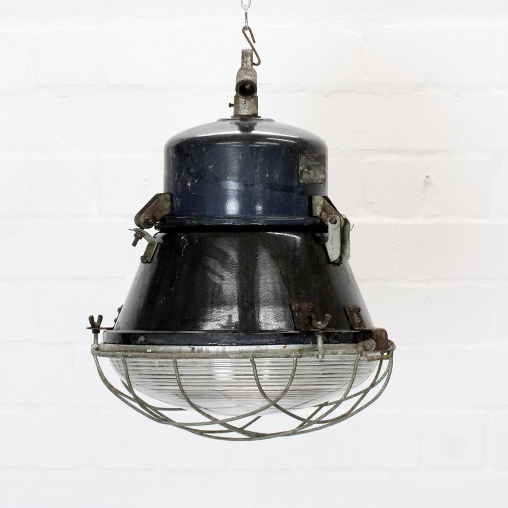 Industrielle Mid-Century Studio Deckenlampe, 1966