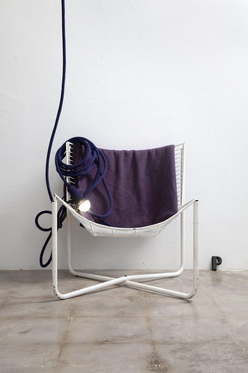 matte lampe aus dunkelblauer gestrickter wolle von llot llov bei pamono kaufen. Black Bedroom Furniture Sets. Home Design Ideas