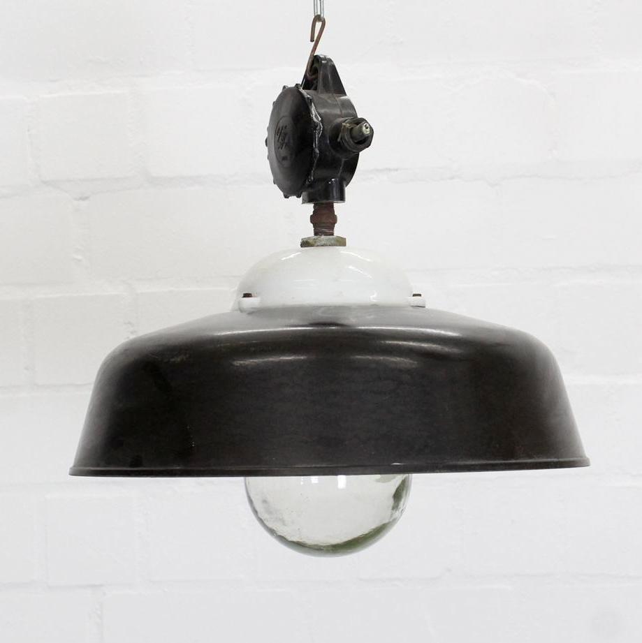 Industrielle Vintage Deckenlampe von Apolda