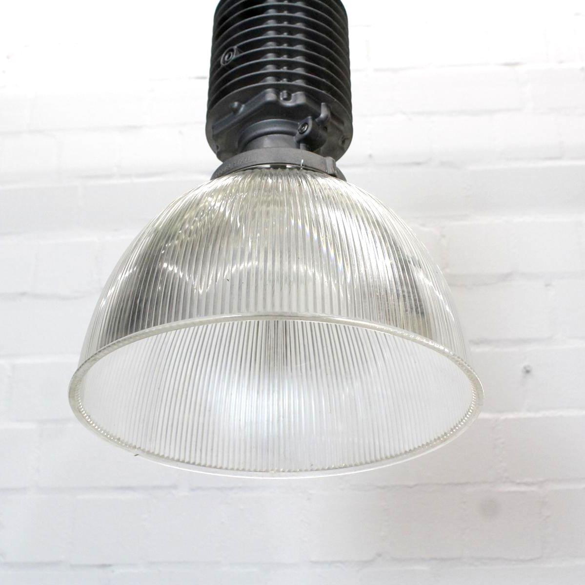 industrielle vintage loft lampe von zumtobel bei pamono kaufen. Black Bedroom Furniture Sets. Home Design Ideas