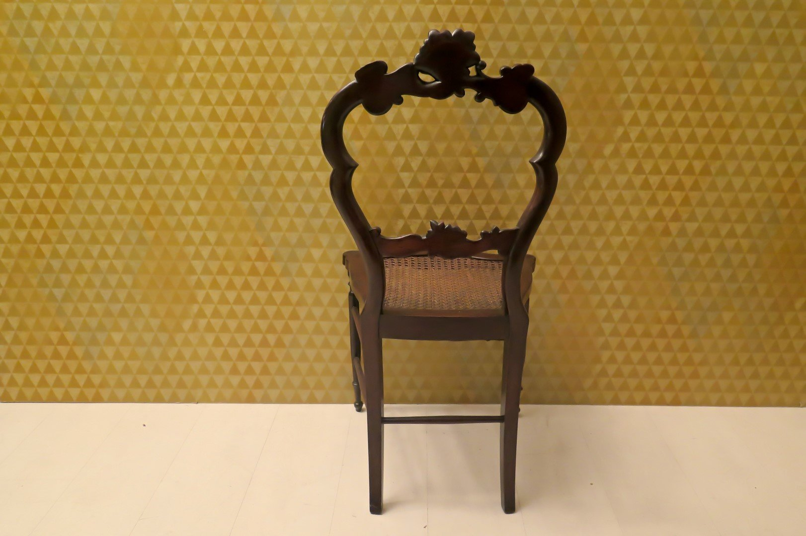 louis philippe st hle aus walnussholz 1840er 4er set bei pamono kaufen. Black Bedroom Furniture Sets. Home Design Ideas