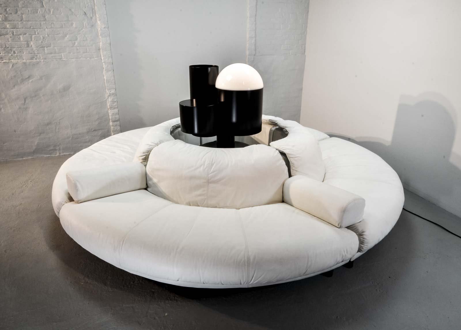 canap circulaire sectionnel en cuir blanc 1970s en vente. Black Bedroom Furniture Sets. Home Design Ideas