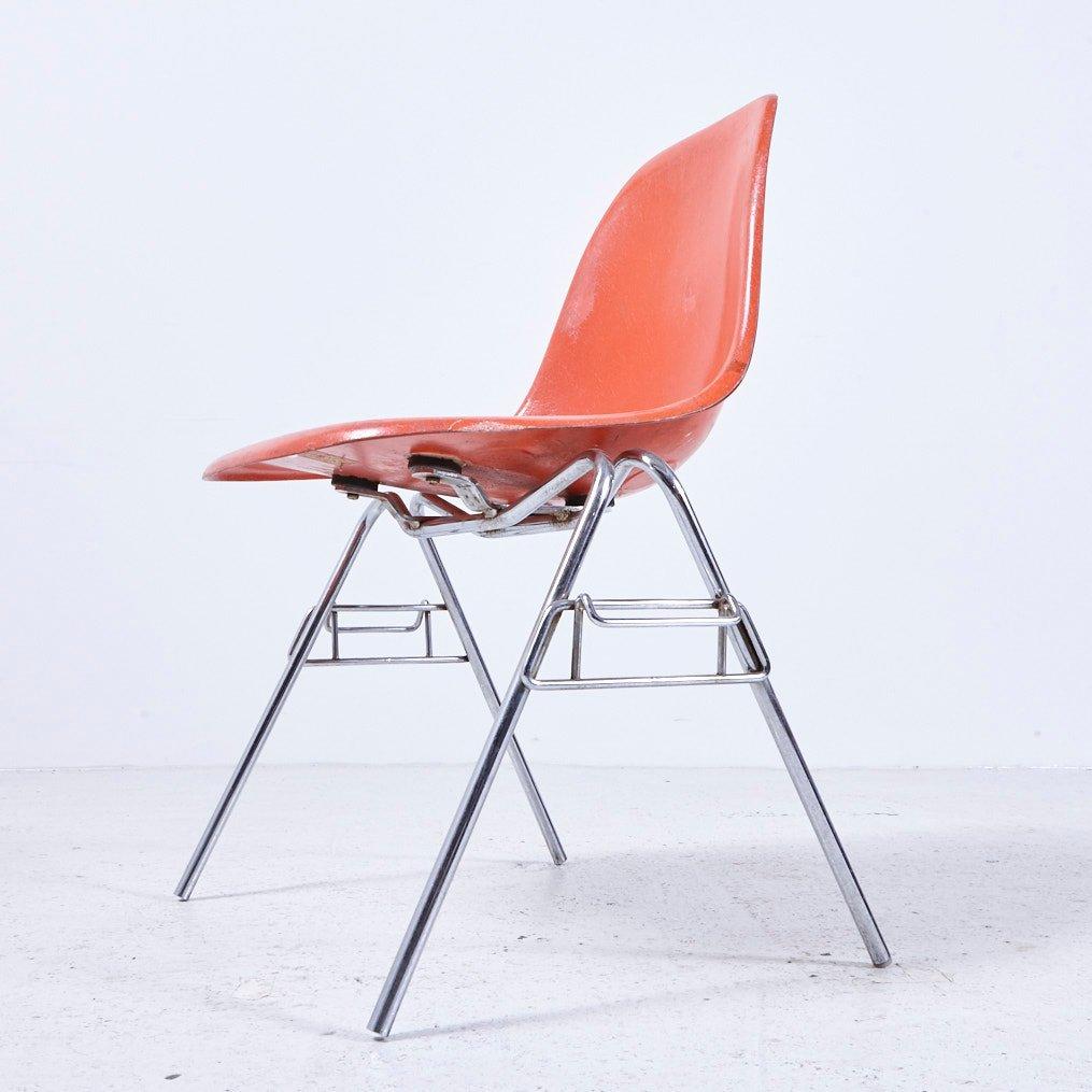 modell dss n stuhl von charles ray eames f r herman miller 1960er bei pamono kaufen. Black Bedroom Furniture Sets. Home Design Ideas