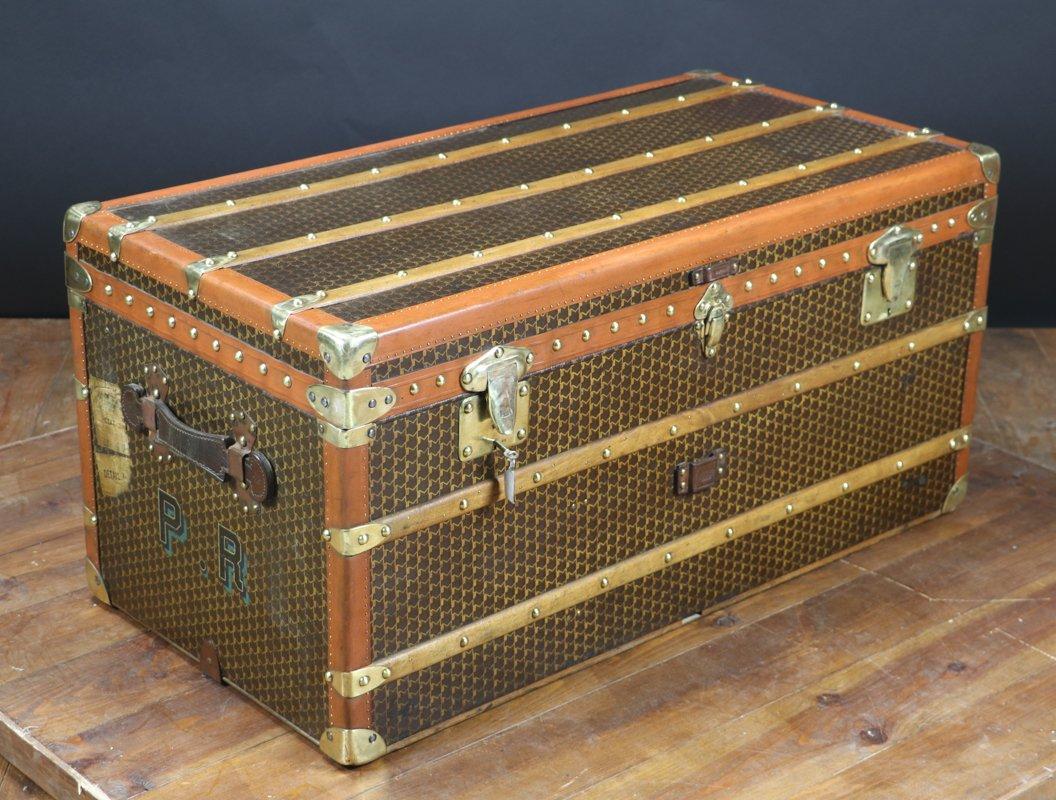 malle de voyage de moynat 1920s en vente sur pamono. Black Bedroom Furniture Sets. Home Design Ideas