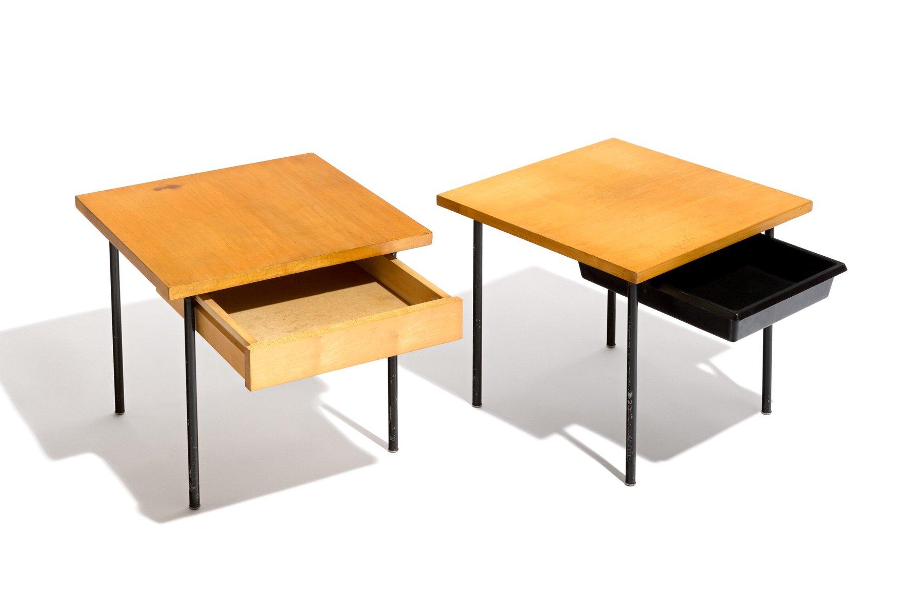 tables de chevet mid century suisse 1950s set de 2 en vente sur pamono. Black Bedroom Furniture Sets. Home Design Ideas