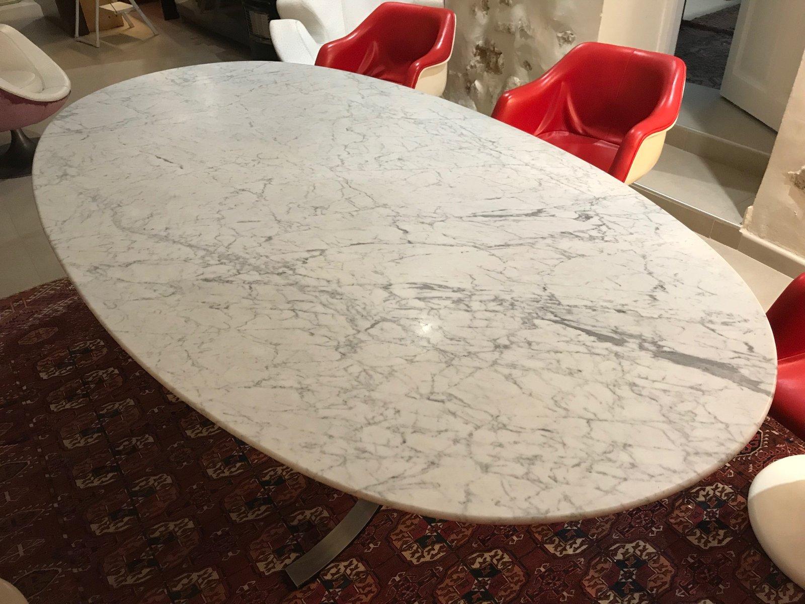 Tavolo da pranzo in marmo di carrara di osvaldo borsani per tecno