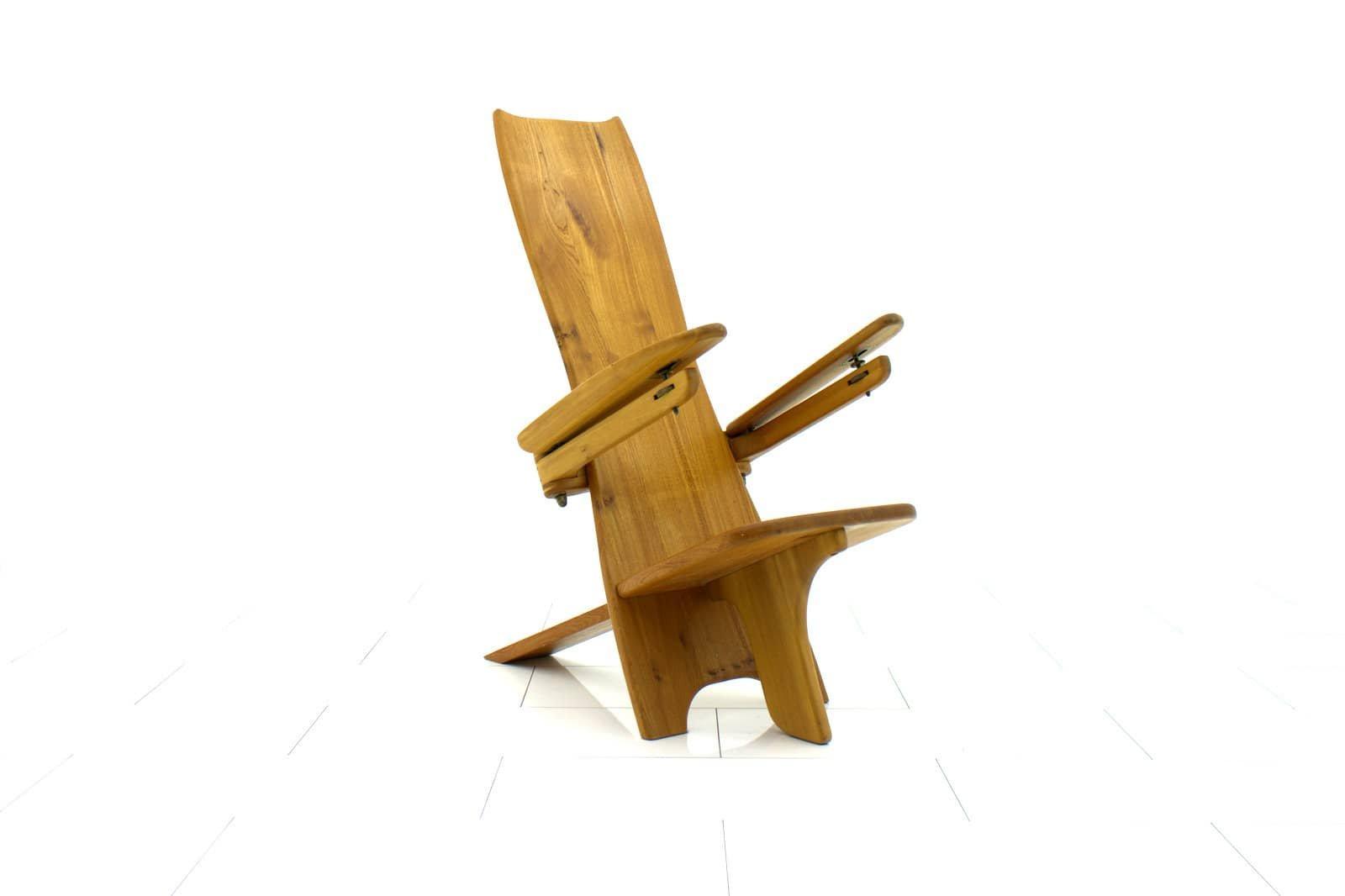 Skulpturaler Finnischer Beistellstuhl aus Holz, 1970er