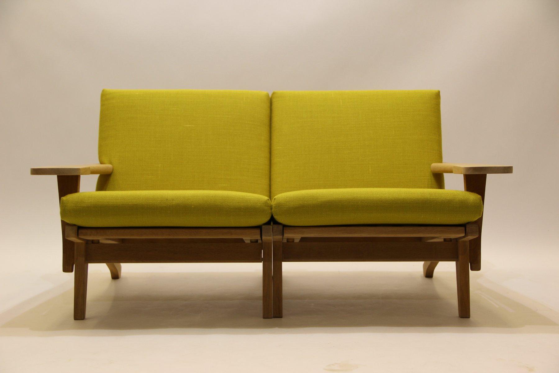Vintage GE370 2-Sitzer Sofa aus Eiche & Wolle von Hans J. Wegner für G...