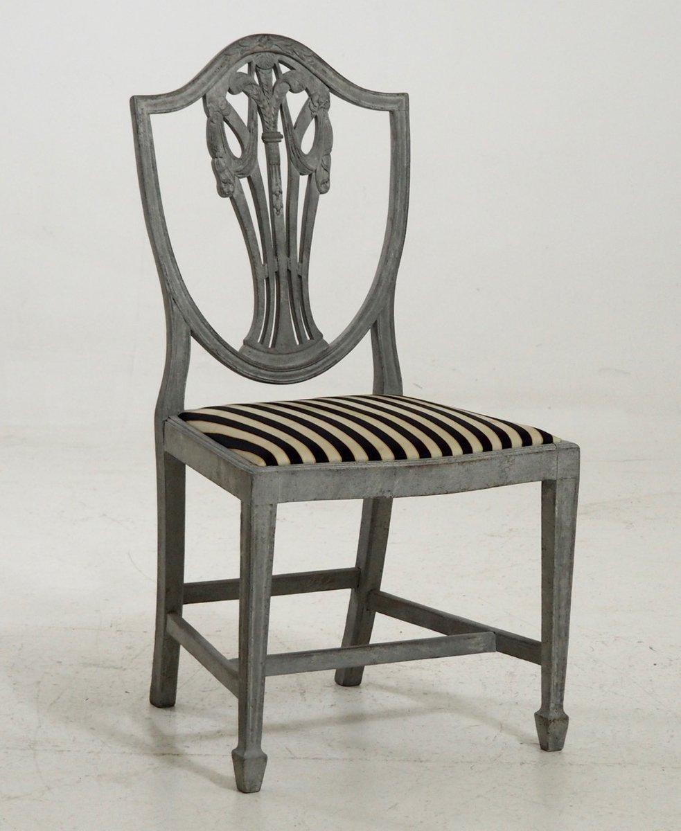 antike armlehnst hle und st hle mit feinen schnitzereien bei pamono kaufen. Black Bedroom Furniture Sets. Home Design Ideas