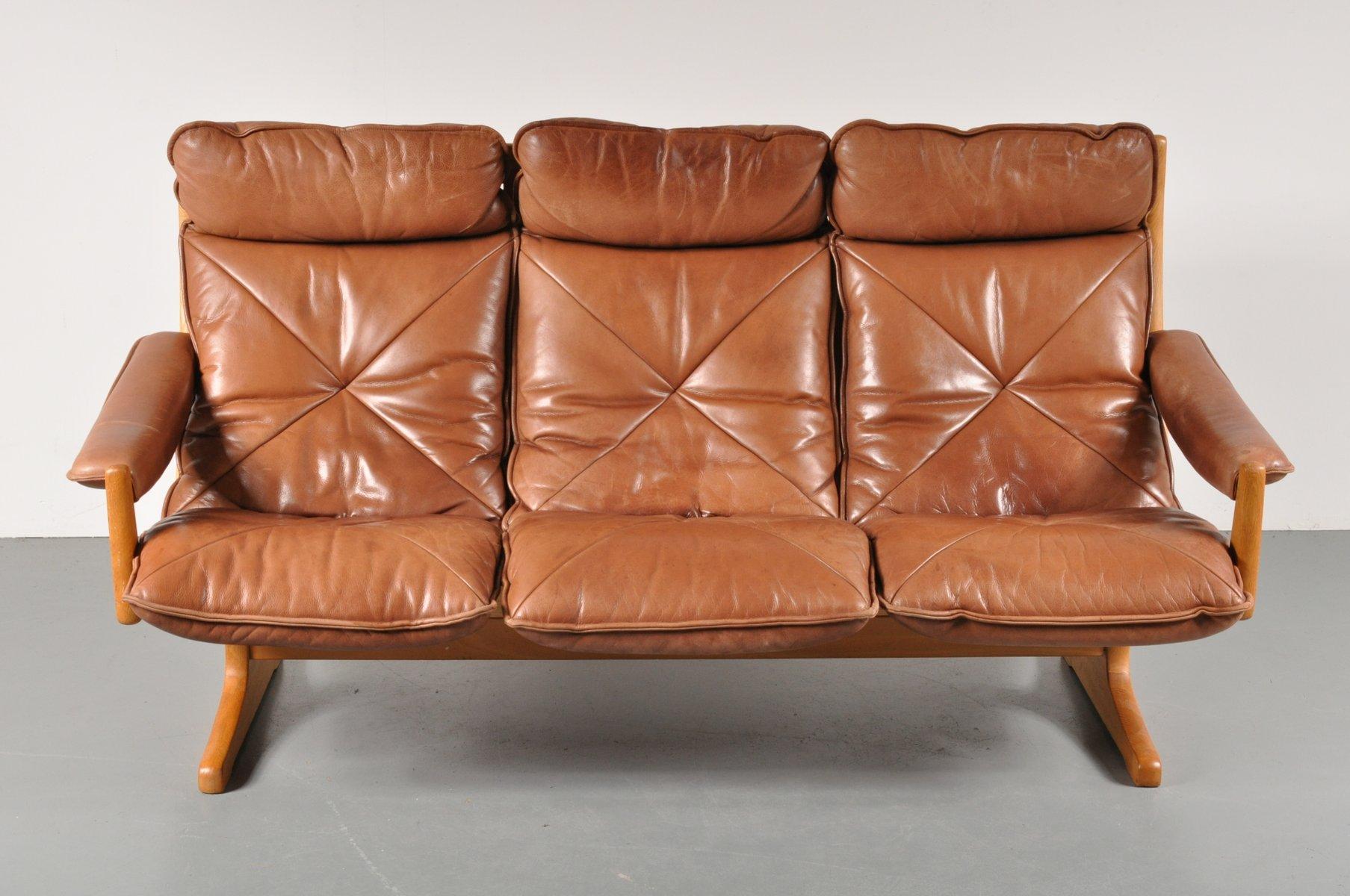 skandinavisches drei sitzer sofa von lied 1970er bei pamono kaufen. Black Bedroom Furniture Sets. Home Design Ideas