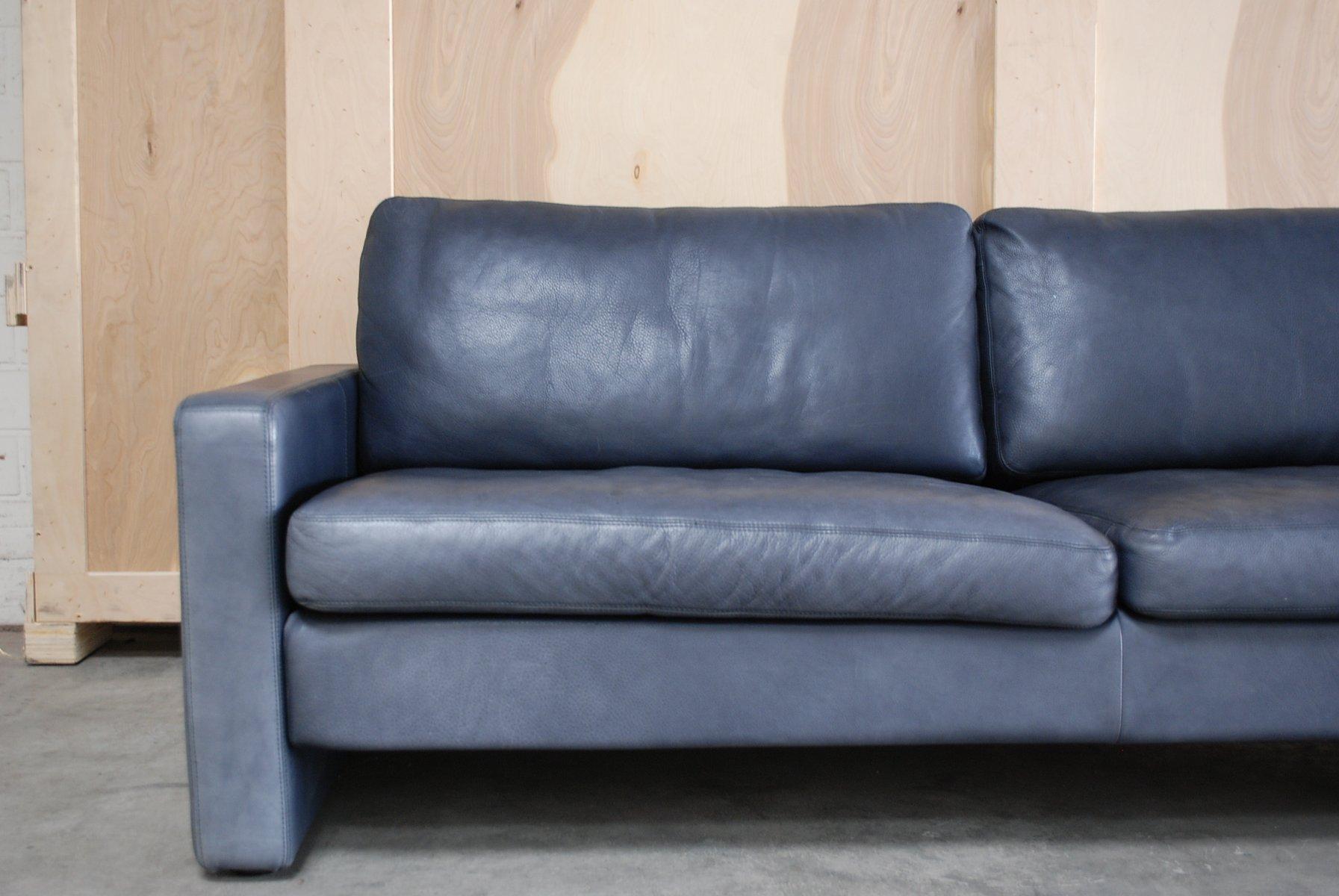 vintage conseta sofa aus blauem leder von cor bei pamono kaufen. Black Bedroom Furniture Sets. Home Design Ideas
