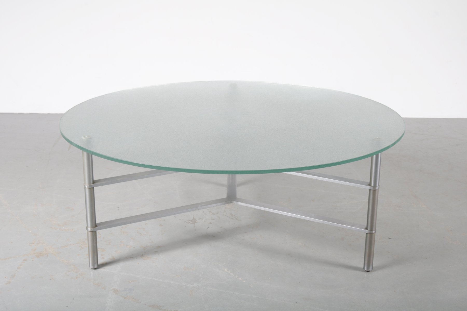 table basse ronde en verre 1960s en vente sur pamono. Black Bedroom Furniture Sets. Home Design Ideas