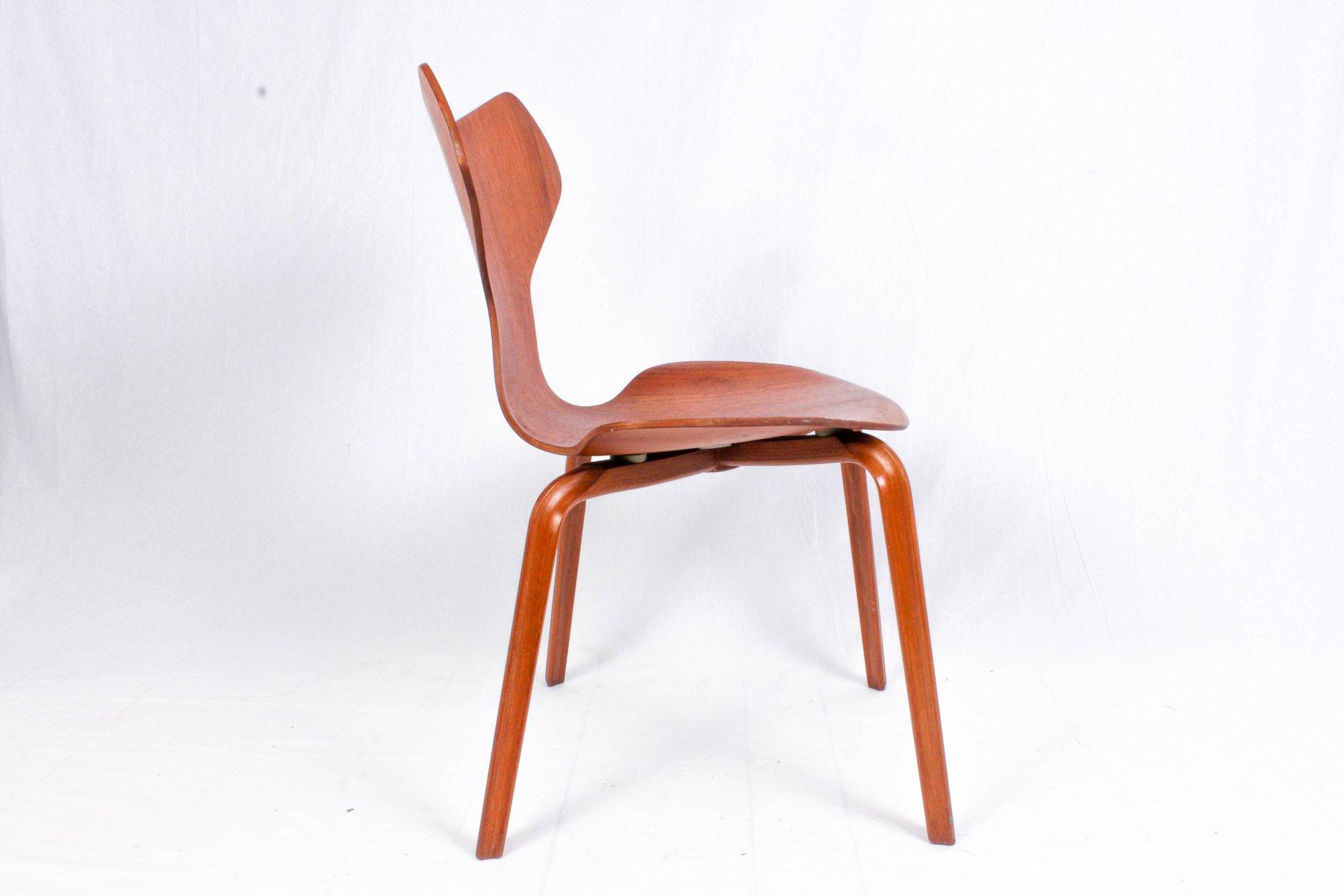 modell 3130 stuhl von arne jacobsen f r fritz hansen 1964 bei pamono kaufen. Black Bedroom Furniture Sets. Home Design Ideas