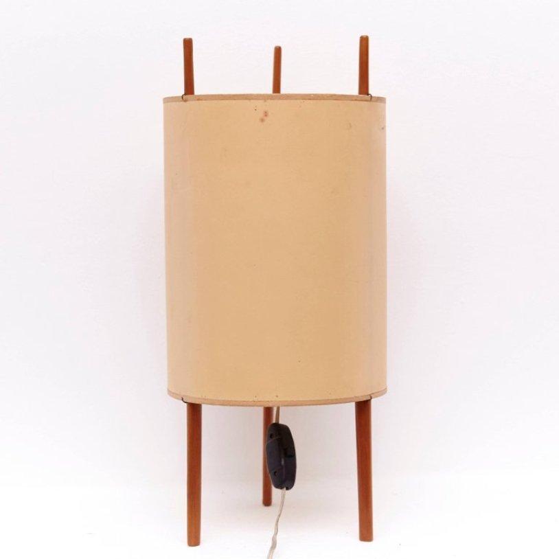 Lampe De Bureau Modele 9 Par Isamu Noguchi Pour Knoll 1947 En Vente