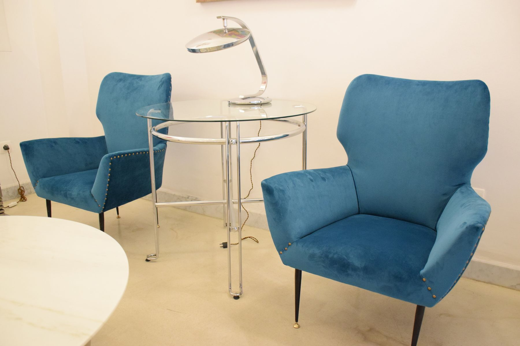 Geschwungene italienische sessel 1950er 2er set bei for Sessel italienisches design