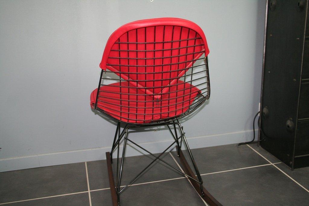 vintage rkr schaukelstuhl von charles ray eames f r herman miller bei pamono kaufen. Black Bedroom Furniture Sets. Home Design Ideas