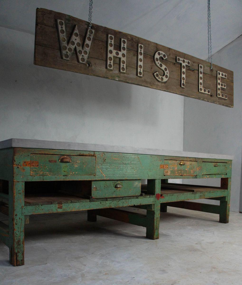 grand panneau de gare en bois 1940s en vente sur pamono. Black Bedroom Furniture Sets. Home Design Ideas