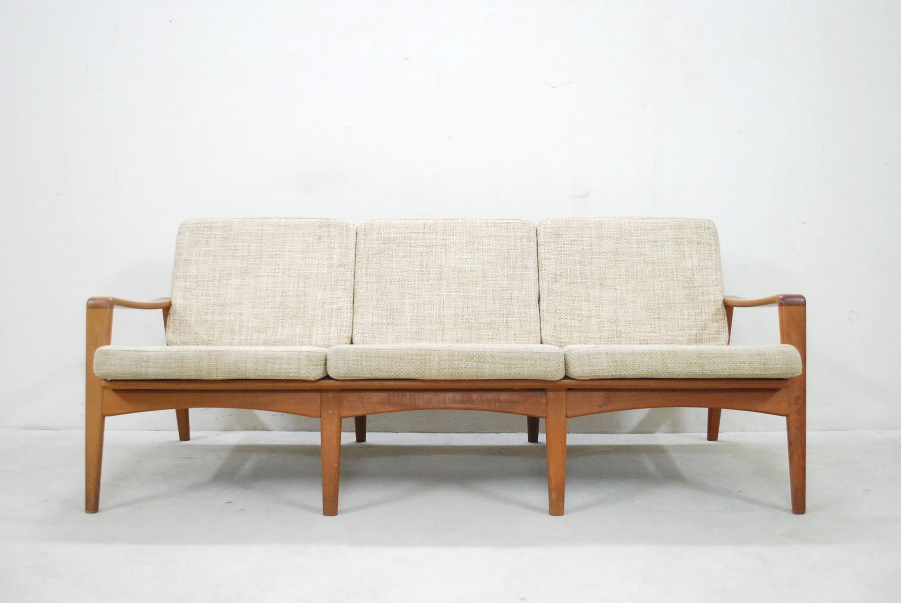vintage danish 35 teak sofa by arne wahl iversen for komfort for sale at pamono. Black Bedroom Furniture Sets. Home Design Ideas