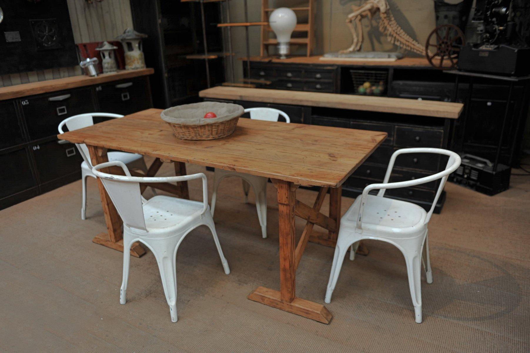 table tr teaux vintage en sapin 1920s en vente sur pamono. Black Bedroom Furniture Sets. Home Design Ideas