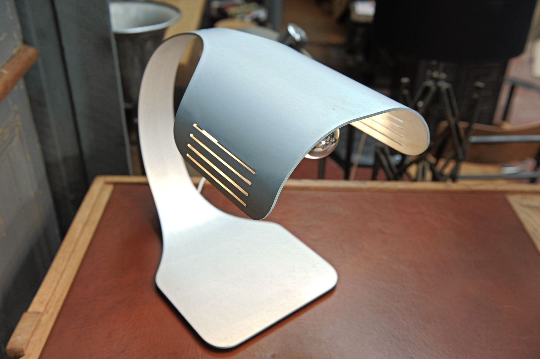 Lampe de bureau en aluminium brossé par walter moretti s en