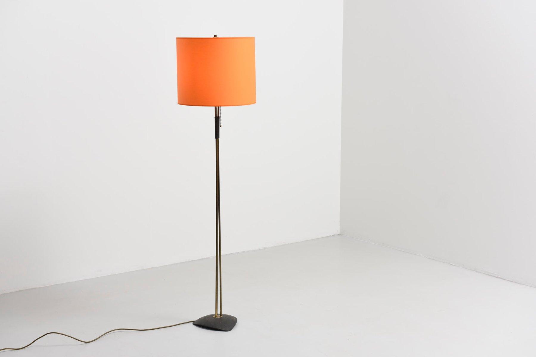 Faszinierend Stehlampe Mit Schirm Galerie Von Messing Orangenfarbenem Schirm, 1950er