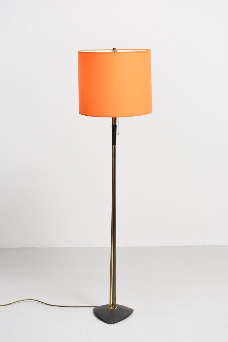 Messing Stehlampe mit Orangenfarbenem Schirm, 1950er
