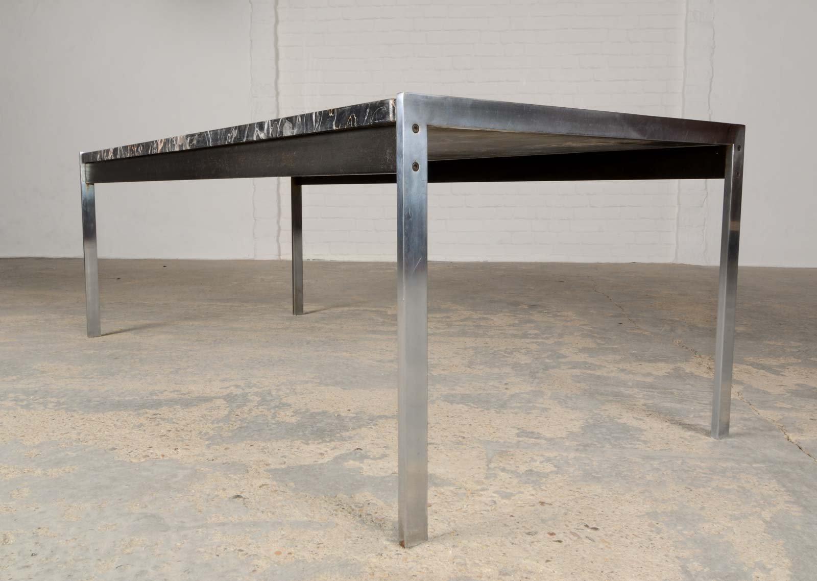table basse en marbre noir et acier bross par kho liangh pour artifort 1960s en vente sur pamono. Black Bedroom Furniture Sets. Home Design Ideas