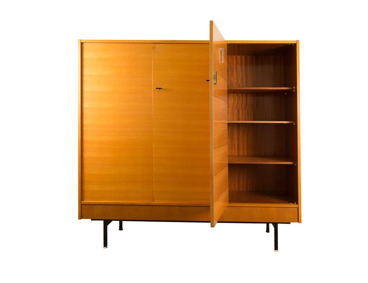 kleiderschrank mit regalen von g rard guermonprez f r nf ameublement 1950er bei pamono kaufen. Black Bedroom Furniture Sets. Home Design Ideas